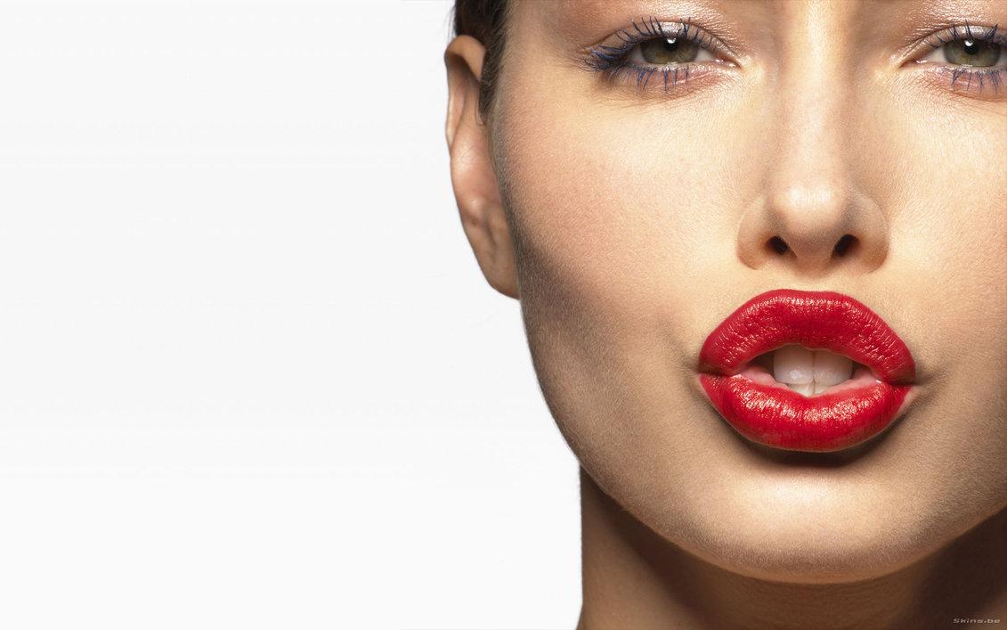 Что нельзя делать поле увеличения губ?