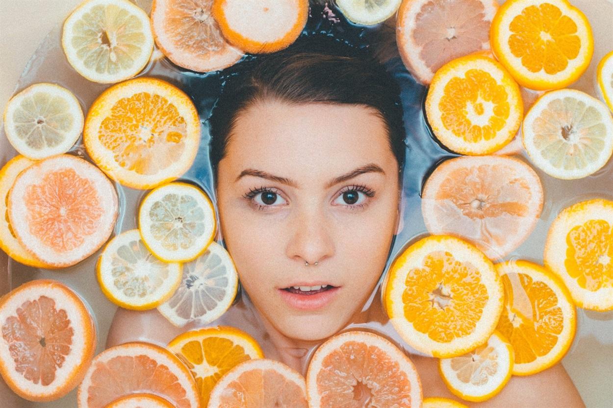 Как ухаживать за кожей лица осенью в домашних условиях?