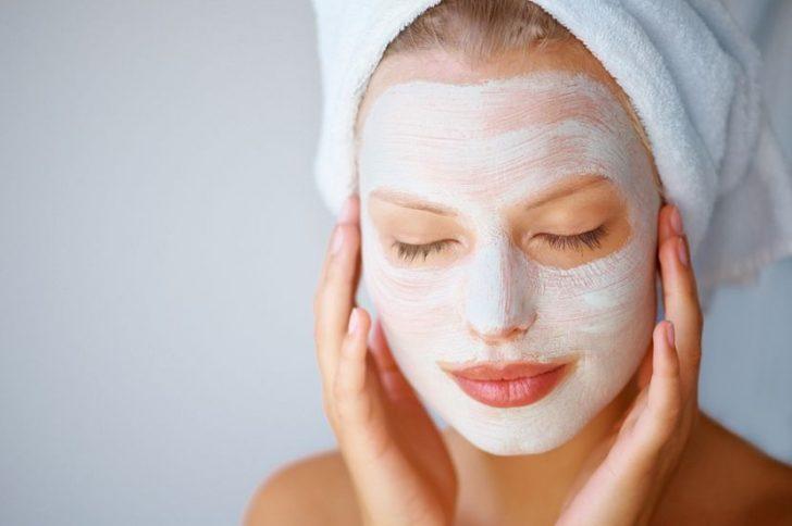 Добавьте в уход за кожей лица после 35 лет маски