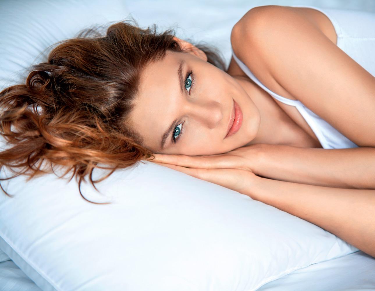 Составьте ночной правильный уход за кожей после 35