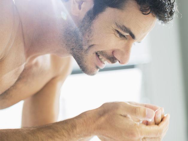 Одного мыла для ухода за кожей мужчине не достаточно!