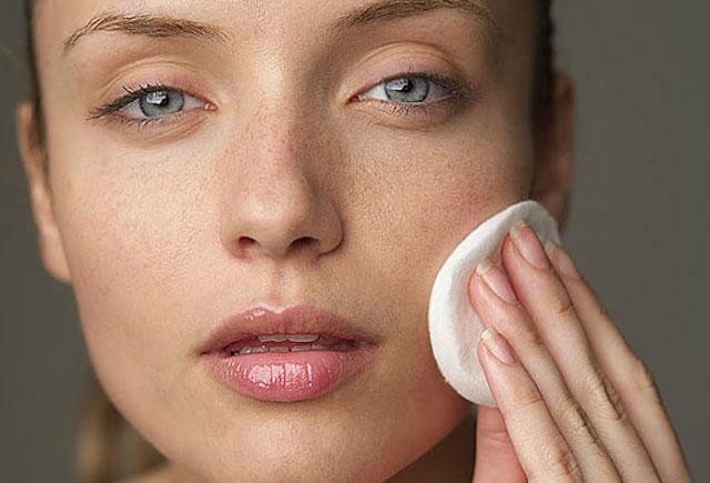 Как предотвратить потерю влаги кожей?