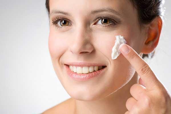 Каким должен быть уход за сухой кожей лица?