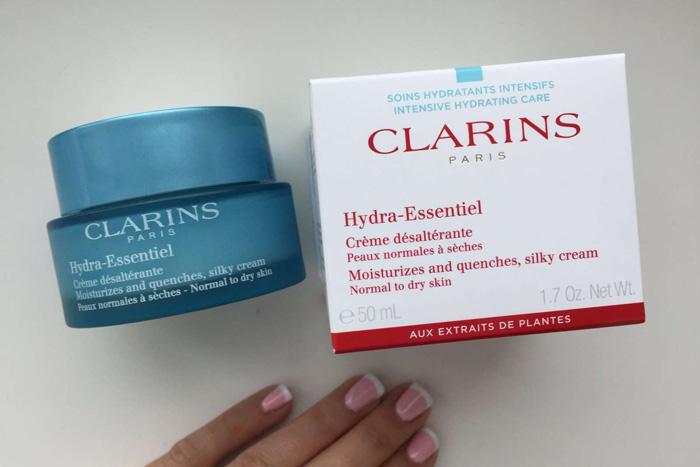 Hydra-Essentiel для нормальной и склонной к сухости кожи SPF 15