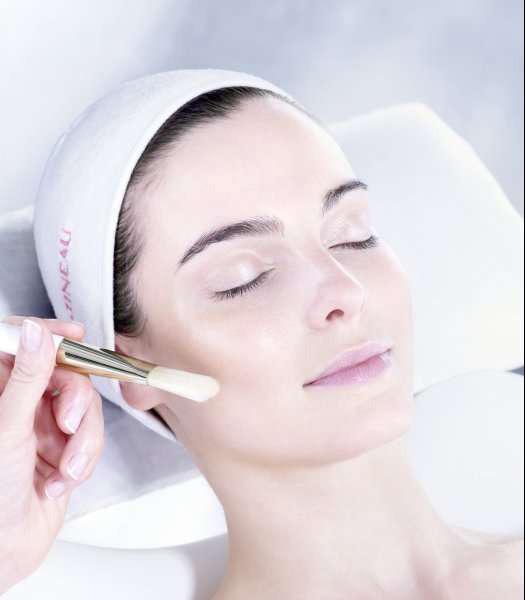 Полезные свойства и эффективность молочной кислоты в косметологии