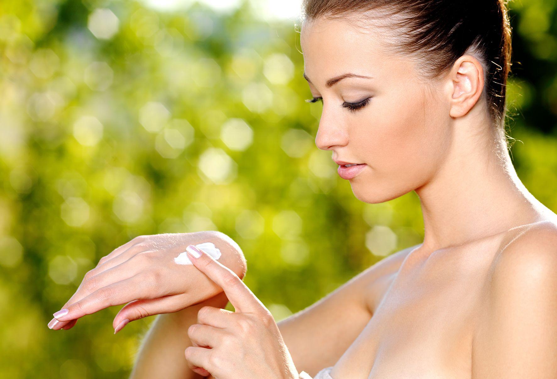 Сыворотки и крема для лица