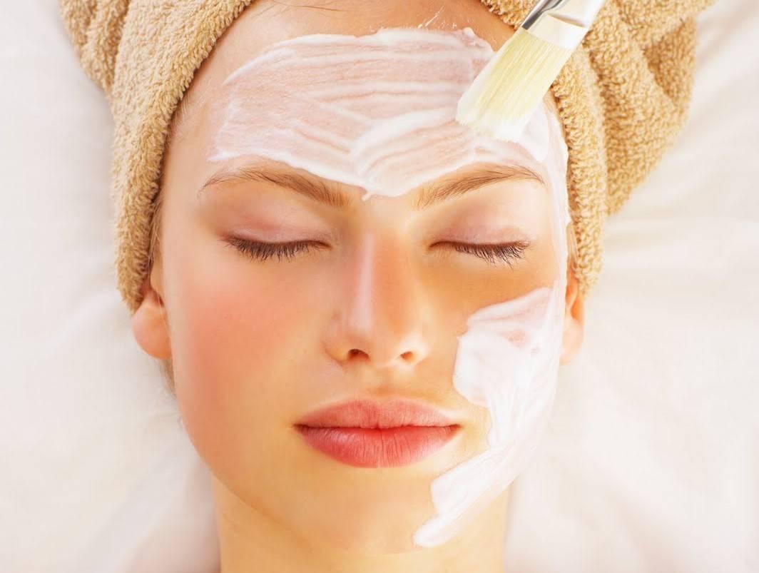 Как правильно наносить яичную маску на лицо