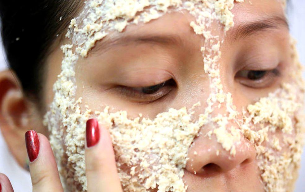 Маска из сметаны для сухой кожи лица «Овсяночка»