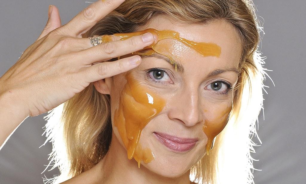 Омолаживающая маска с медом