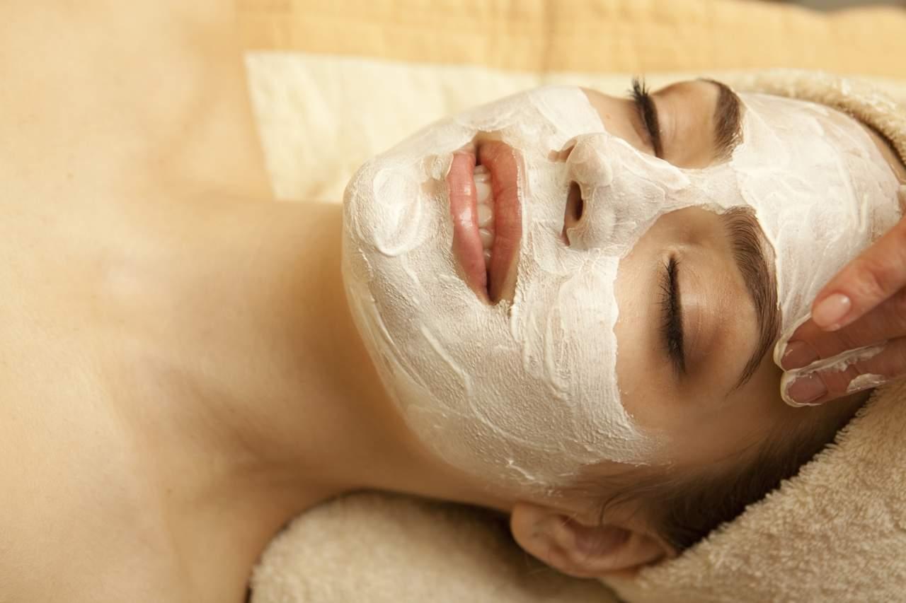 Лучшие рецепты масок для лица с использованием творога