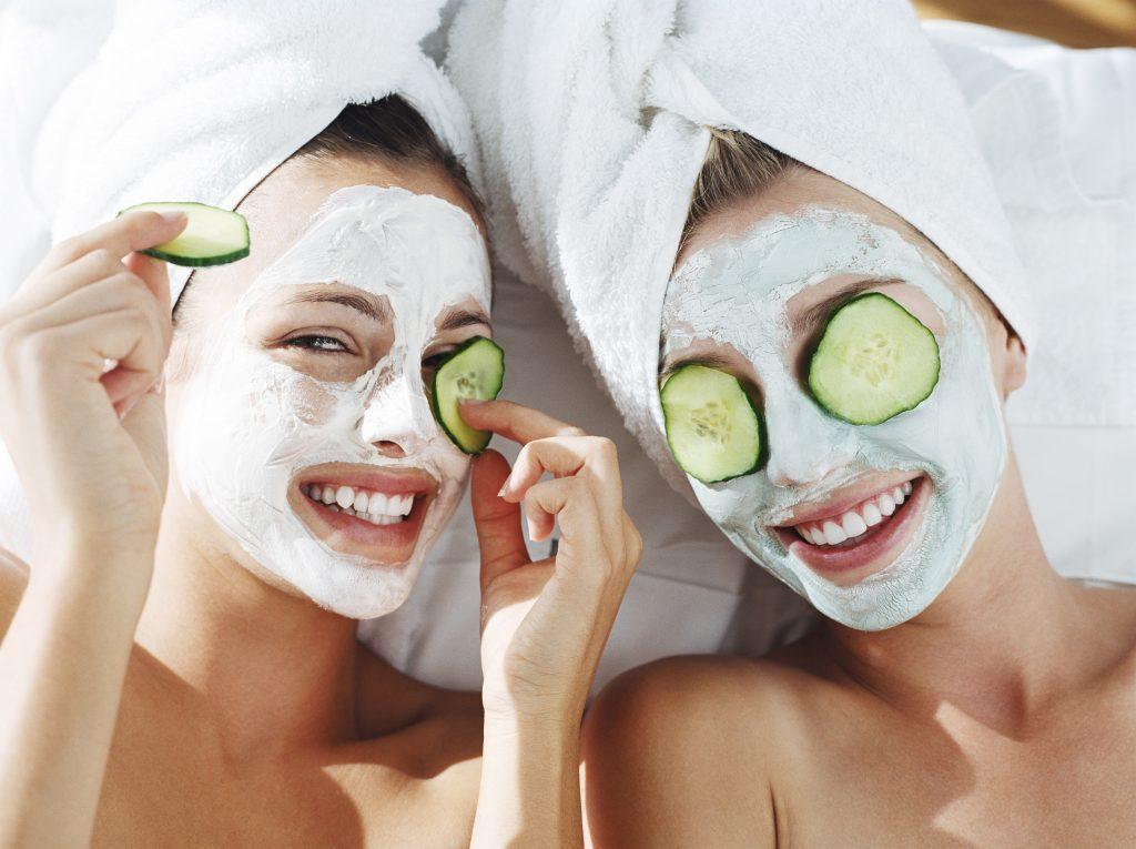 Огуречная маска для лица в домашних условиях – отбеливающая маска из огурца для лица, огуречная маска от морщин, от прыщей