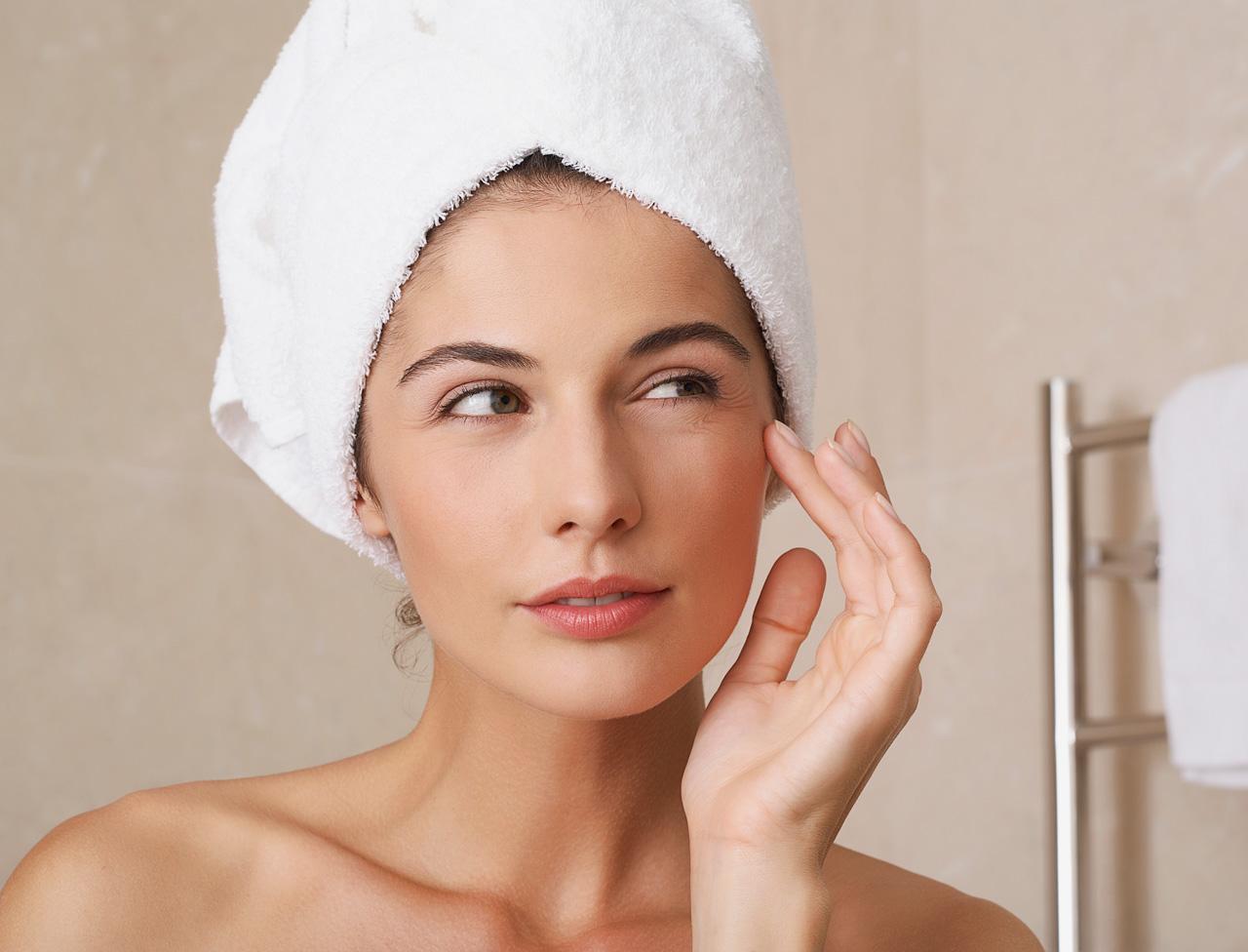 Эффективные омолаживающие маски для лица в домашних условиях