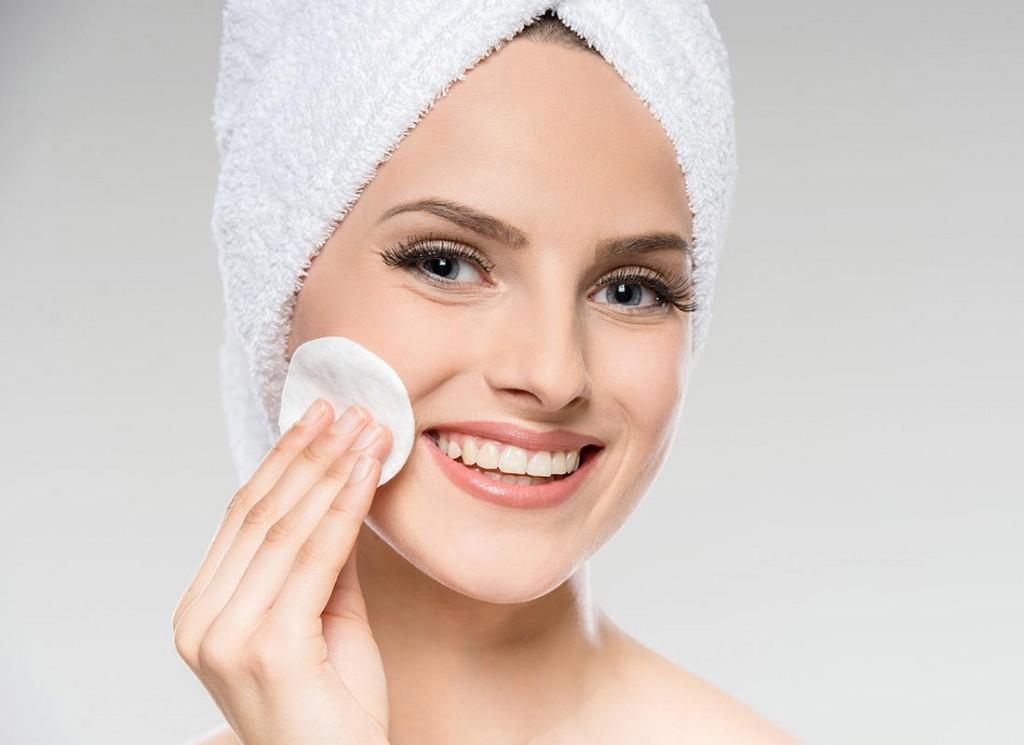 Рецепты омолаживающих масок для лица