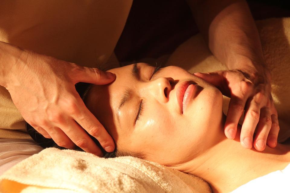 Почему китайский массаж для лица эффективен