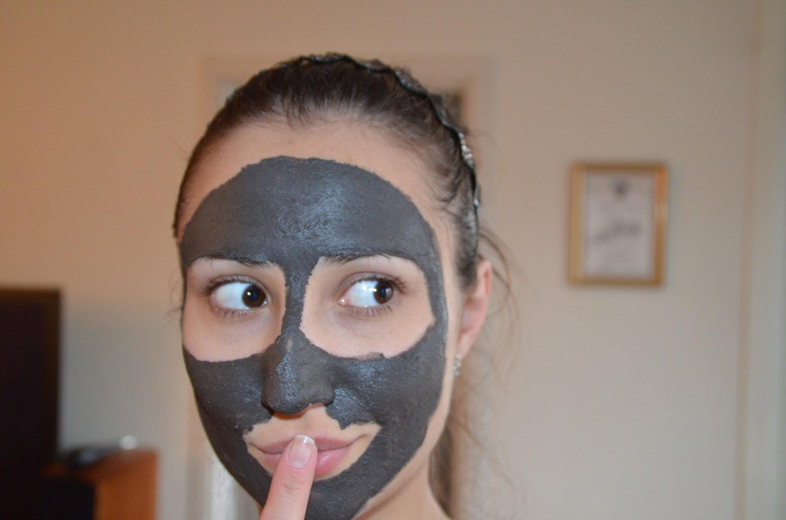 Лучшие рецепты масок с использованием чёрной глины