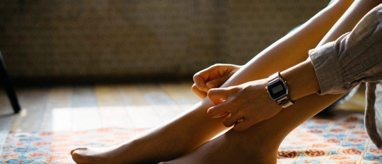 Что делать если кожа на ногах сухая и шелушится