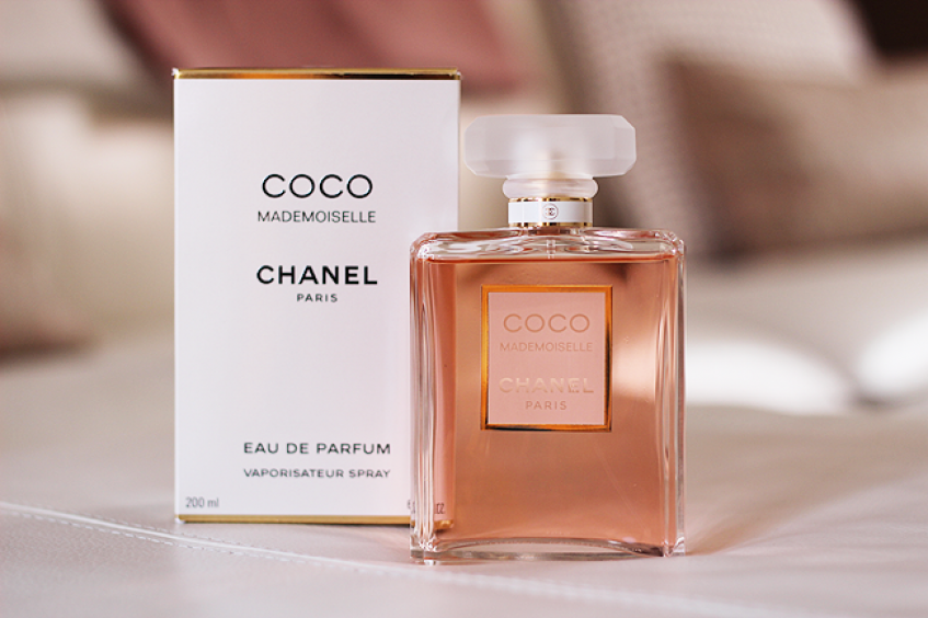 парфюм для молодой девушки